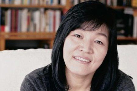 PRENDITI CURA DI LEI: Kyung-Sook Shin racconta l'Alzheimer e i drammi familiari in un bestseller mondiale