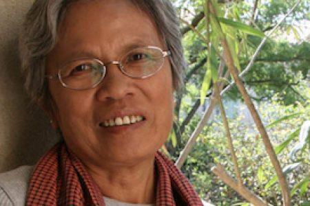 Claire Ly: TORNATA DALL'INFERNO dei Khmer Rossi